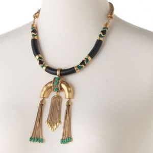 :: S&D Gorgeous Exotic Odeon Necklace